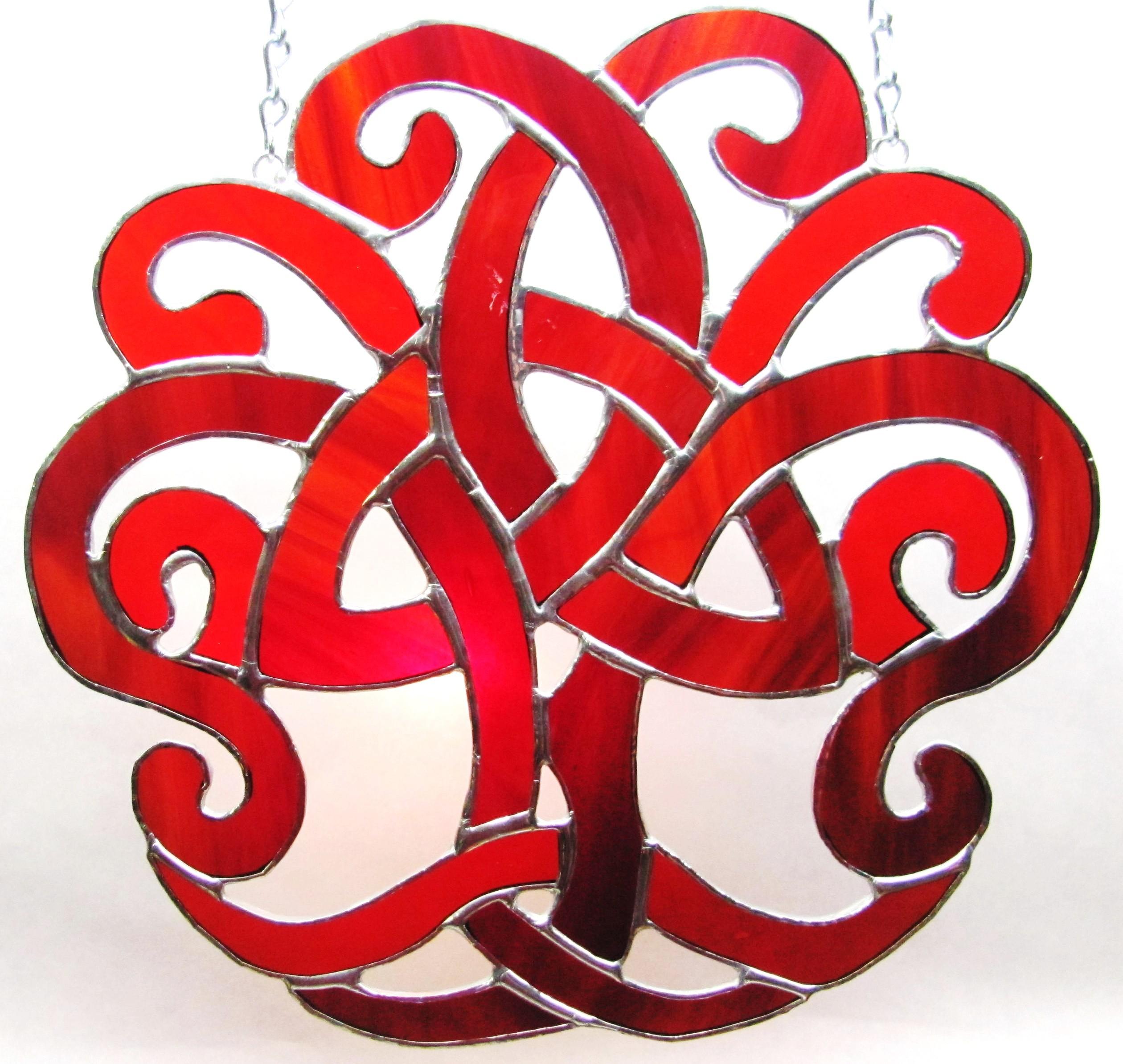 Trinity Knot Mystic Den